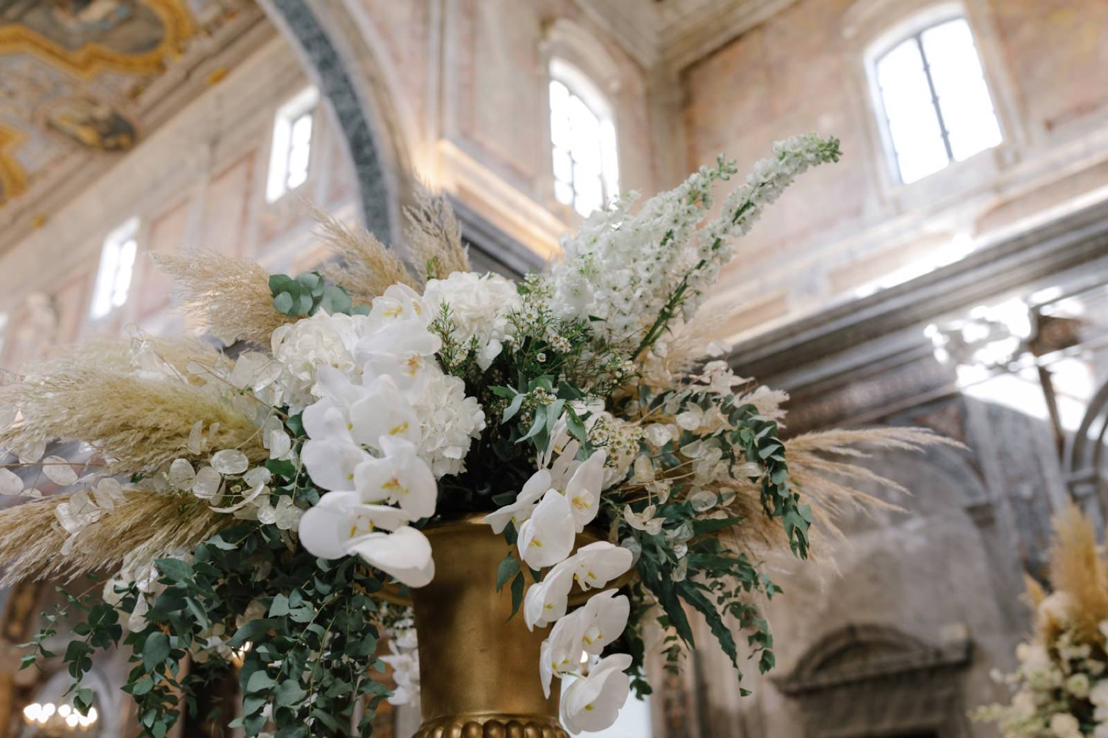 wedding in apulia at ostuni cathedral