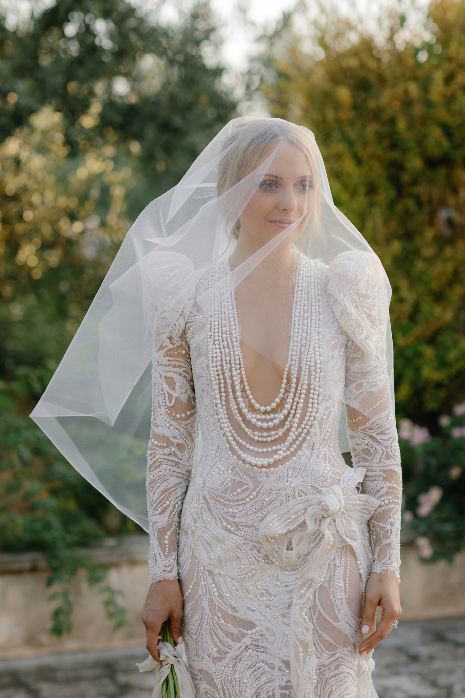 veil jaton couture bride